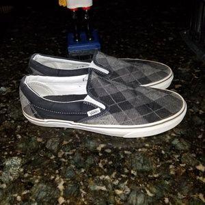 Vans shoes slip on